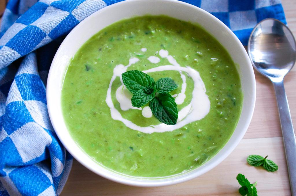 Pea and mint soup (1 of 1)