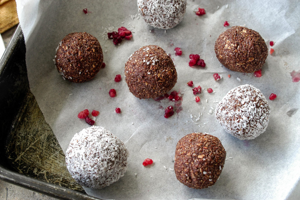 chocolate, raspberry and coconut bliss balls -1796