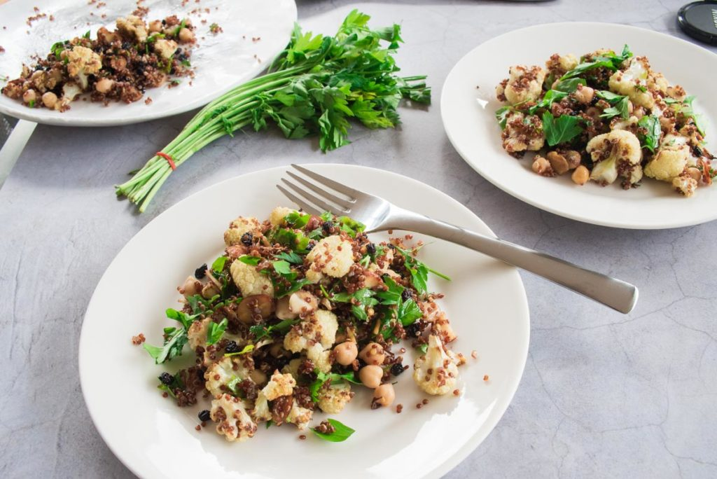 This super healthy and hearty roasted cauliflower, quinoa and almond salad is perfect on its own or as a side for lamb or chicken.